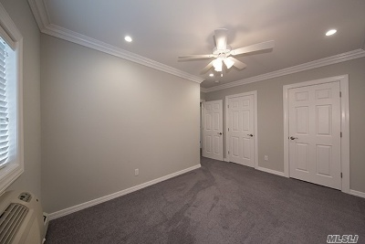 Hauppauge Rental For Rent: 556 New Hwy #1-2A