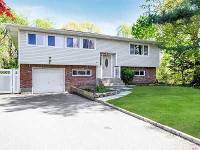 Smithtown Single Family Home For Sale: 5 Seaver Ct