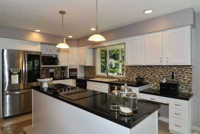 Centerport Single Family Home For Sale: 50 Prospect Rd