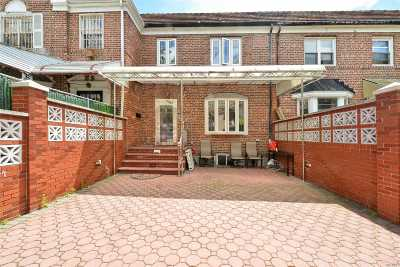 Forest Hills Single Family Home For Sale: 108-20 65 Rd