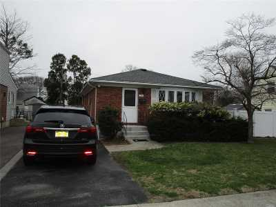 East Meadow Single Family Home For Sale: 2262 Jefferson St