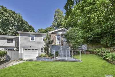 Port Washington Single Family Home For Sale: 40 Harbor Rd