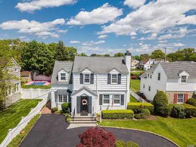Oceanside Single Family Home For Sale: 2685 Terrell Ave