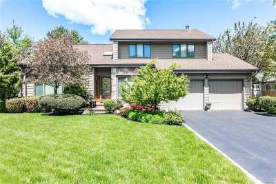 Commack Single Family Home For Sale: 34 Fleetwood Rd