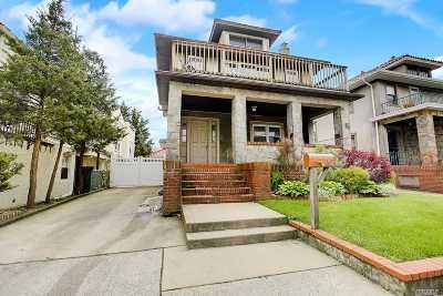 Long Beach Multi Family Home For Sale: 242 E Walnut St
