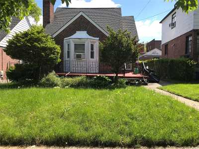 Hillcrest Single Family Home For Sale: 82-09 166th St