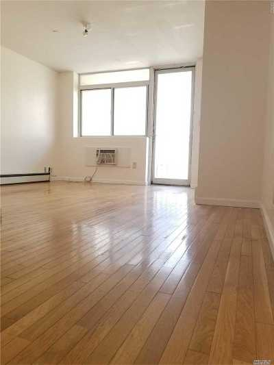 Flushing Condo/Townhouse For Sale: 135-37 37 Ave #3C