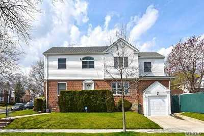Fresh Meadows Single Family Home For Sale: 65-43 181 St