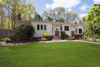 Smithtown Single Family Home For Sale: 10 Tiffany Ln