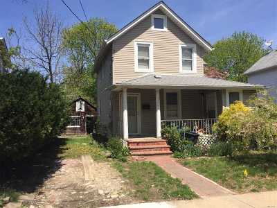Nassau County Single Family Home For Sale: 211 Belmont Ave