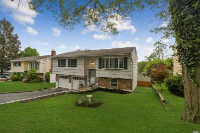 Locust Valley Single Family Home For Sale: 3 Bayview Pl