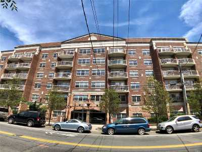 Corona Condo/Townhouse For Sale: 38-11 108 St #5C