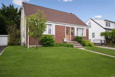 Seaford Single Family Home For Sale: 2308 Spruce St