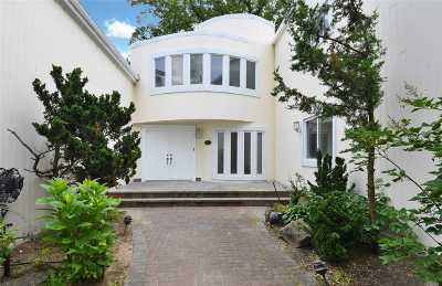 Old Westbury Single Family Home For Sale: 11 Campo Cir