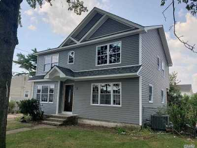 Hicksville Single Family Home For Sale: 34 Bloomingdale Rd