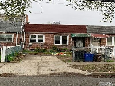 Flushing Single Family Home For Sale: 20661 46th Ave