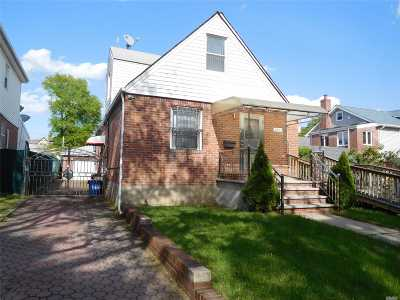 Fresh Meadows Single Family Home For Sale: 53-41 196th St