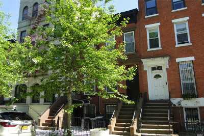 Brooklyn Single Family Home For Sale: 326 Madison St