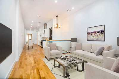 Brooklyn Condo/Townhouse For Sale: 1776 Broadway #1