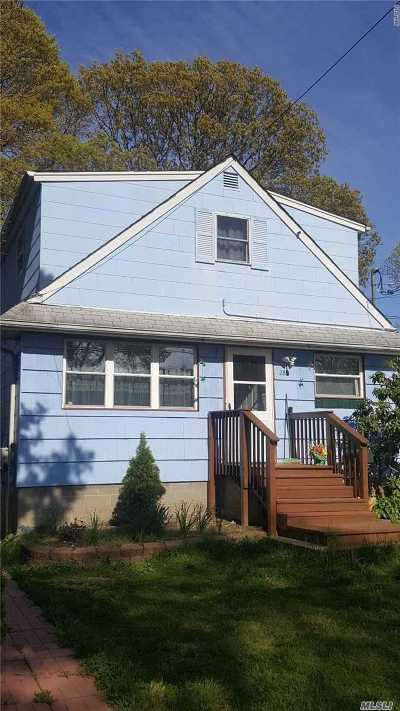 Copiague Single Family Home For Sale: 288 Waldo St