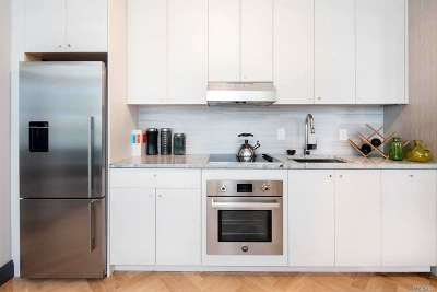 Brooklyn Condo/Townhouse For Sale: 531 Vanderbilt Ave #1A