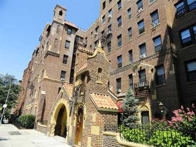 Jackson Heights Rental For Rent: 37-21 80th St #3K