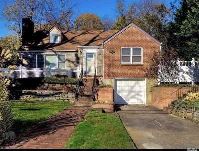 Roslyn Single Family Home For Sale: 3 Hillside Ave
