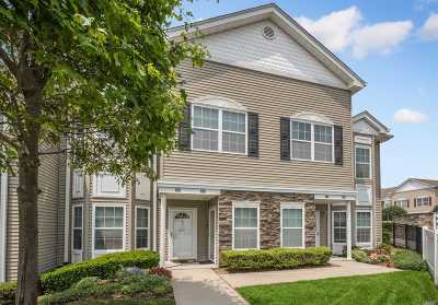 East Meadow Condo/Townhouse For Sale: 347 Spring Dr