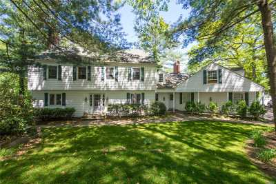 Smithtown Single Family Home For Sale: 12 Three Pond