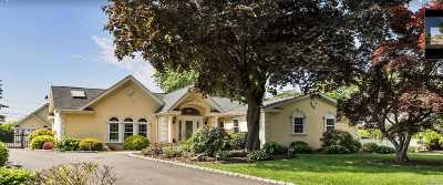 Commack Single Family Home For Sale: 24 Long Bow Ln