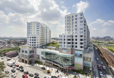 Flushing Condo/Townhouse For Sale: 40-26 College Point #PH2N