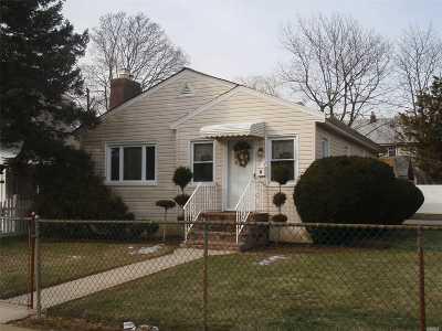 Nassau County Single Family Home For Sale: 93 Harrison Ave