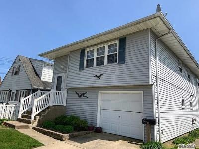 Lindenhurst Single Family Home For Sale: 31 W Granada Ave