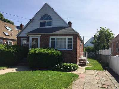 Queens County, Nassau County Single Family Home For Sale: 128 Patterson Ave