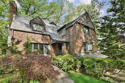 Jamaica Estates Single Family Home For Sale: 179-39 Tudor Road