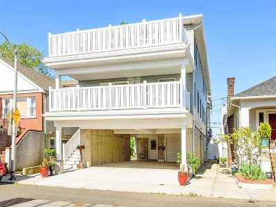 Long Beach Multi Family Home For Sale: 61 Connecticut Ave