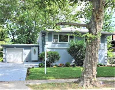 Woodmere Single Family Home For Sale: 1016 Westwood Rd