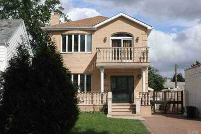 Fresh Meadows Single Family Home For Sale: 67-51 181st St