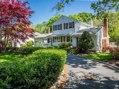 Suffolk County Single Family Home For Sale: 303 Timberpoint Rd
