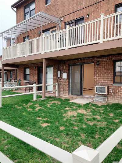 Queens County Condo/Townhouse For Sale: 120-15 Cove Ct #90B