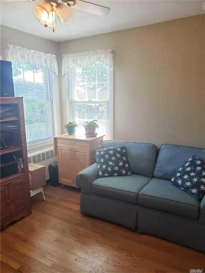 Nassau County Single Family Home For Sale: 1877 Oakland Ave
