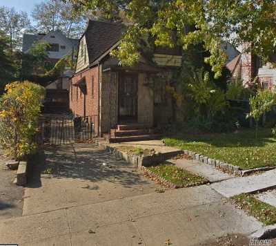 Jamaica Estates Multi Family Home For Sale: 86-84 188th Street