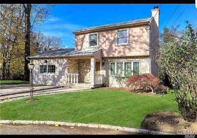 Nassau County Single Family Home For Sale: 25 Willow Ln
