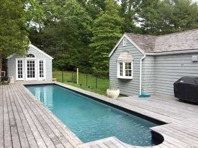 East Hampton Single Family Home For Sale: 76 Springy Banks Rd