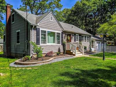 Single Family Home For Sale: 460 Harrison Ave
