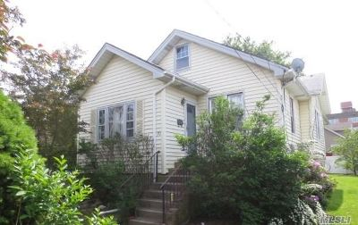 Queens County, Nassau County Single Family Home For Sale: 20 Sportsman Ave