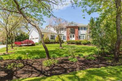 Nissequogue Single Family Home For Sale: 2 Penny Ln