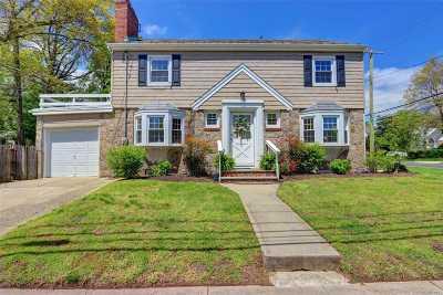 Malverne Single Family Home For Sale: 21 Birch Rd
