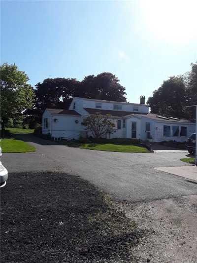 Cutchogue Single Family Home For Sale: 7800 Alvahs Ln
