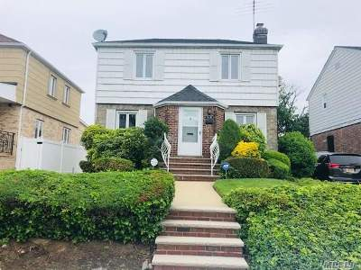 Fresh Meadows Single Family Home For Sale: 75-31 183rd St